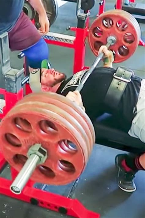 best way to increase bench 3 ways to skyrocket your bench press
