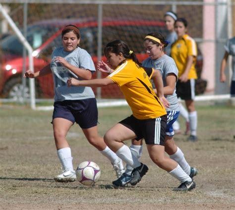 deportiva femenil comercial deportiva balones inici 243 torneo de futbol femenil en la deportiva