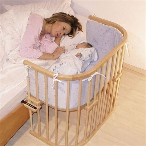 Baby Sleeper Next To Bed by 25 Best Ideas About Co Sleeping Cot On Baby