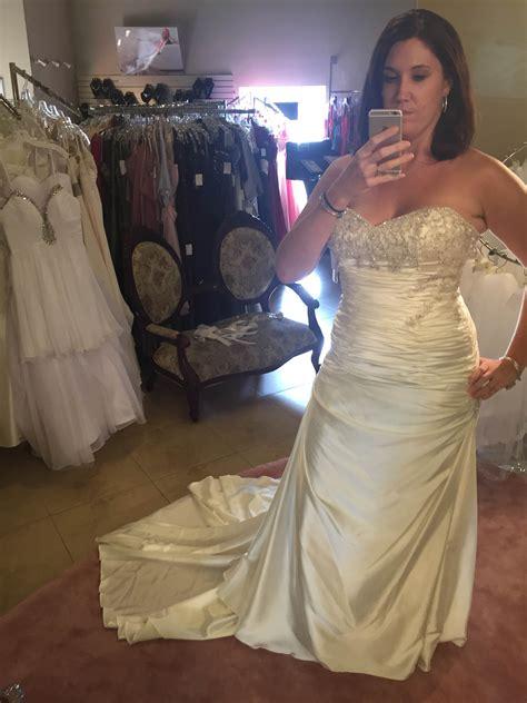 Ral Pict Kebaya Satin Jadi looking for real wedding pics of silk charmeuse silk satin dresses weddingbee