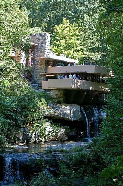 wright casa sulla cascata casa sulla cascata di wright simbolo dell architettura