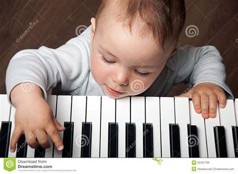 piano keyboard vector cartoondealer 15077005