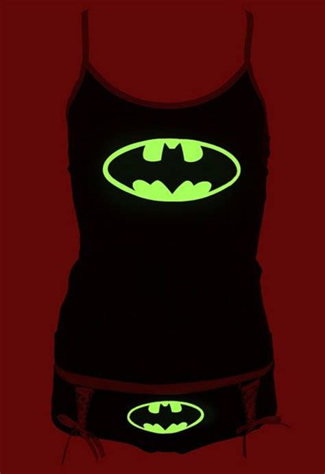 Kaos Logo Batman Glow In The dc comics batman logo glow in the tank set awesome batman logo and i