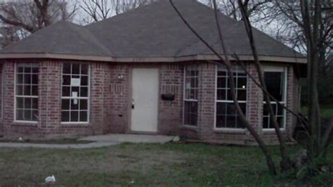 amazingly cheap brick home 3 2 in dallas built in 2004