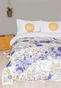 modcloth bedding 10 dorm bedding styles and what they say about you