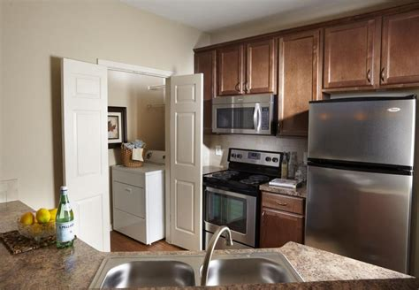 Spacious 2 Bedroom Apartments In Atlanta From Reasonably 1 2 3 Bedroom Apartments In Atlanta Ga Camden St Clair