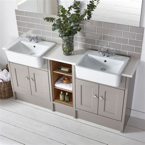 17 Best Images About Country Bathrooms On Pinterest Roper Bathroom Furniture