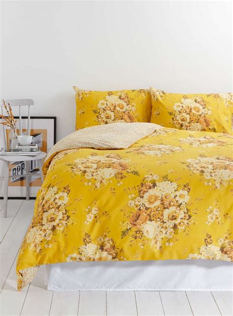 yellow quilts and comforters best 25 floral bedding ideas on pinterest
