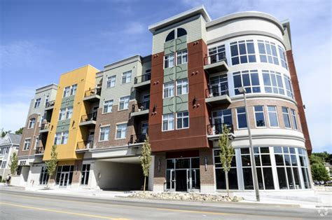 Apartment Complexes For Sale In East Lansing Mi College Towne Apartments Rentals Lansing Mi