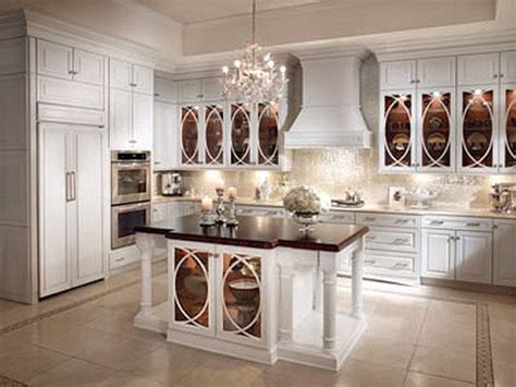 Kraftmaid White Kitchen Cabinets Kraftmaid Cabinetry Details Such As S Elliptical Mullions On Glass Front Cabinets And Curvaceous