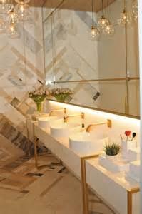 Floor And Decor Plano 25 melhores ideias sobre banheiros p 250 blicos no pinterest