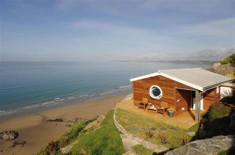 micro beach 320 sq ft tiny beach cottage with cliff top views