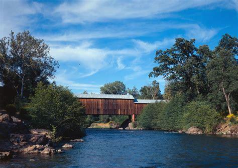 covered run honey run covered bridge