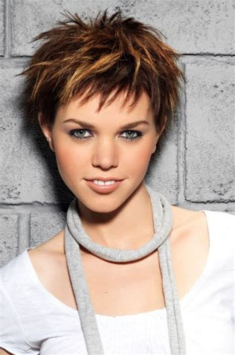 ladies choppy hairstyles with a fringe ladies choppy hairstyles with a fringe 25 best ideas