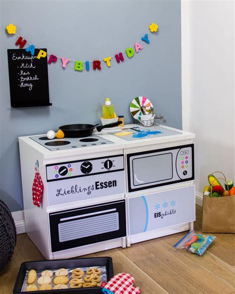 Ikea Hacks Kinderzimmer Spieltisch by Pimp Deine Ikea Malm Kommode Mit Folie Ikea Hacks