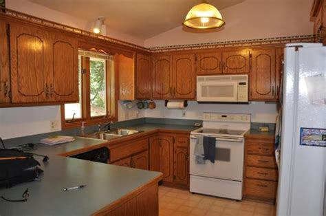 Updated Kitchen Ideas Updating Kitchen Ideas Can This Kitchen Be Updated Doityourself Need Ideas For 1970 S Oak