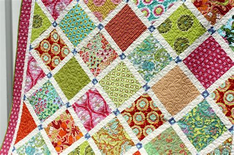 material theme colors and patterns soul blossoms quilt diary of a quilter a quilt