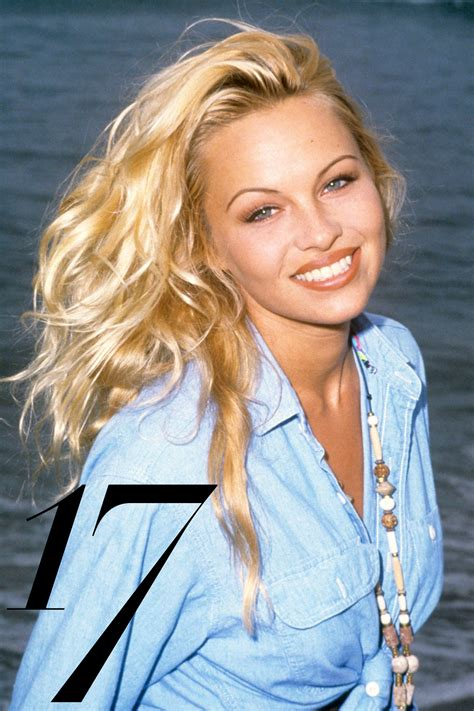 actress from baywatch in the 90s thelist 90s beauty icons 90s inspiration pinterest