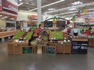 Hyvee Mn 2016 Nationwide Retail Display Contest For Usa Pears Usa