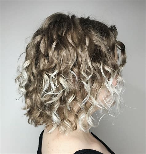 chicest hairstyles  thin curly hair