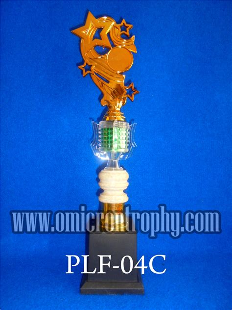 Trophy Piala Figur Bintang Delapan Tatakan Bulat jual piala murah siap kirim tangerang omicron trophy