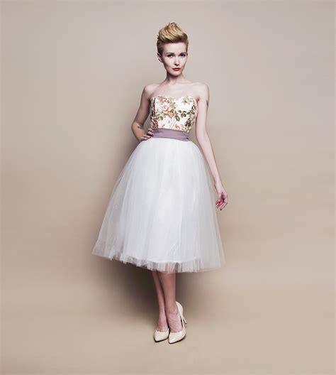 Brautkleider Dirndl by Romantische Brautmode Landhaus Stil