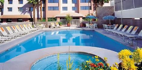 the carriage house las vegas the carriage house las vegas outdoor heated pool and whirlpool is available for your