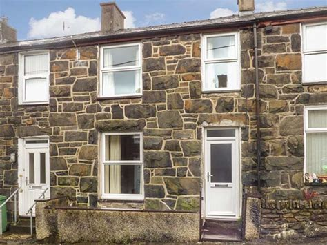 snowdonia cottage in llanberis this terraced cottage in