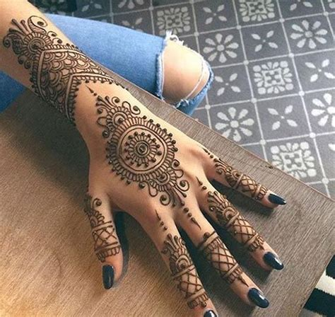 henna tattoo back tumblr 25 best ideas about henna designs on