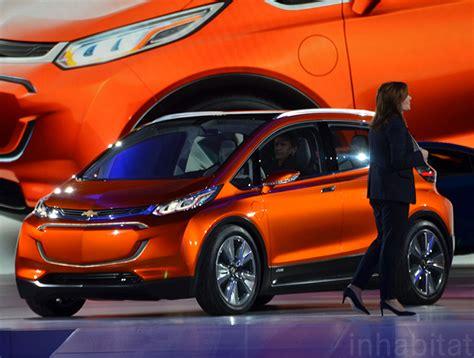 chevrolet unveils 30k bolt electric car with a 200 mile