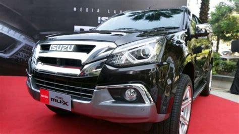 Mu X Autobild by Isuzu Mu X 2017 Resmi Mengaspal Berapa Banderolnya