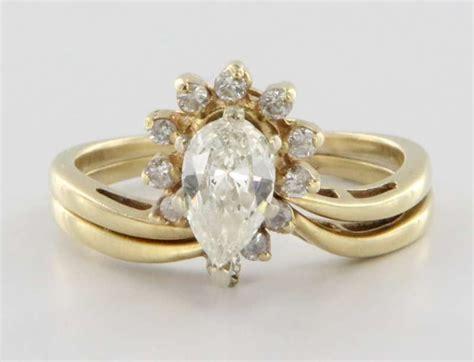 Vintage 14 Karat Yellow Gold Diamond Wedding Ring Set Fine