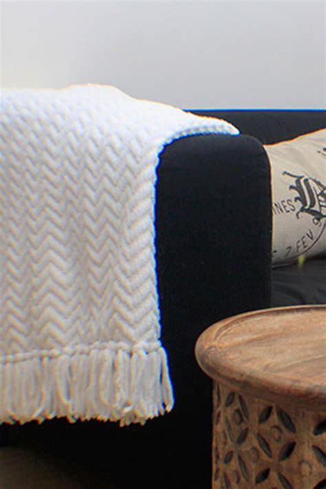 Sofa Yang Biasa ubah sofa lama anda agar terlihat baru rumah dan gaya