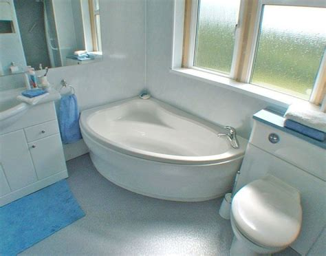smallest bathtub size 43 best images about corner bathtub on pinterest soaking