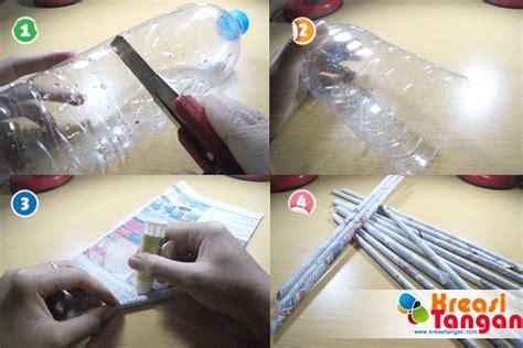 cara membuat bunga dari kertas atau koran tutorial cara membuat vas bunga dari koran kreasi tangan