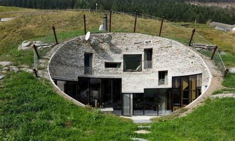earth homes earth home sheltered underground house underground homes