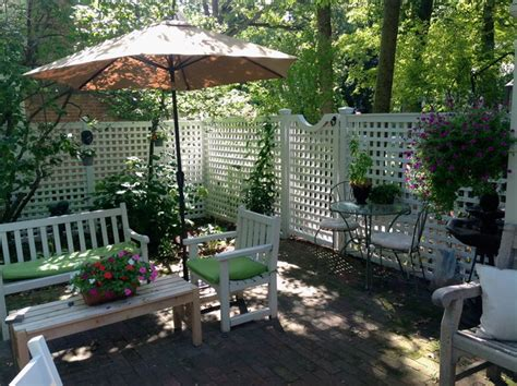 How To Create Privacy On A Patio by 6ft Privacy Fence With Gate Traditional Patio
