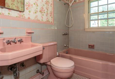 Pink In Bathtub by 1950 S Pink Bathroom Challenge