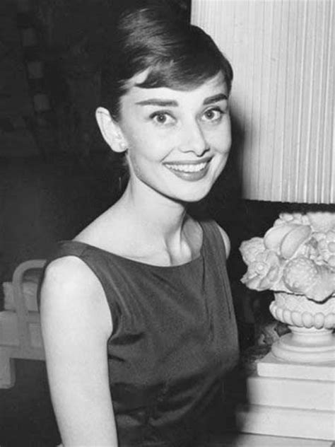 how to style audrey hepburn sabrina pixie cut 2013 pixie hairstyles short hairstyles 2017 2018