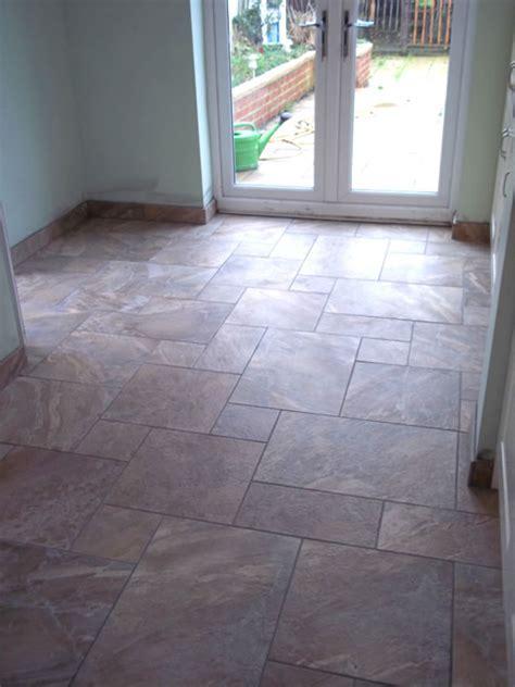 Gallery of tiling images   bathroom tiling kitchen tiling