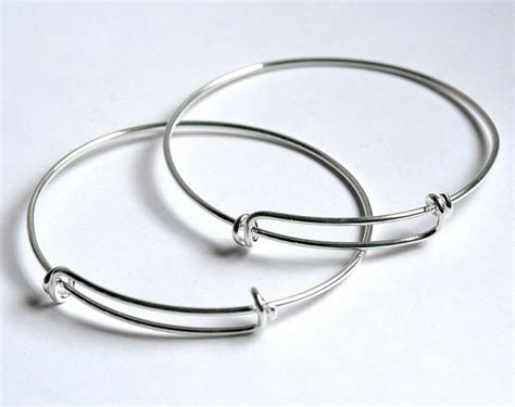 shiny silver expandable wire bangle bracelet for charms