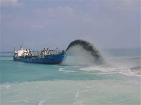 Palm Island Sinking by Kondratiylnidyp Dubai Islands Sinking