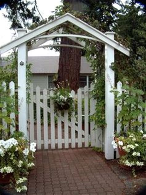 backyard landscaping ideas | fences, priorities and gate