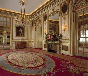 buckingham palace bedrooms inside buckingham palace queens room ritz london hotel