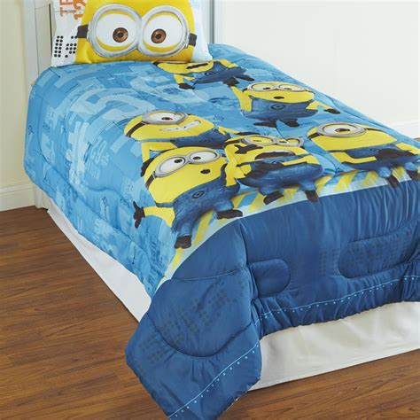 minion toddler bedding despicable me and minions bedding totally kids totally bedrooms kids bedroom ideas