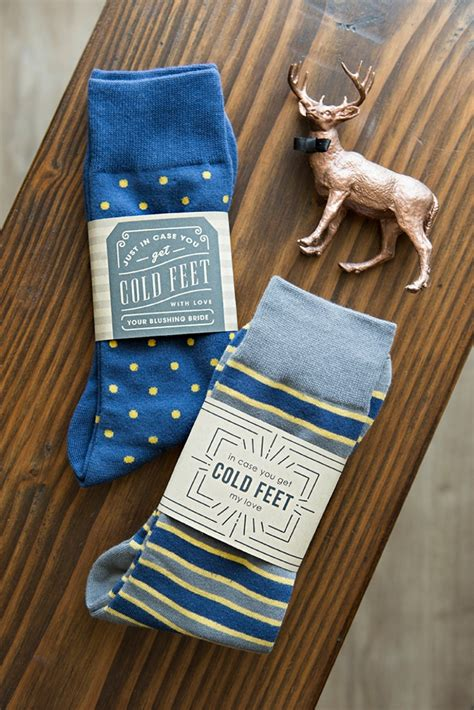diy socks gift make this awesome quot in you get cold quot sock gift