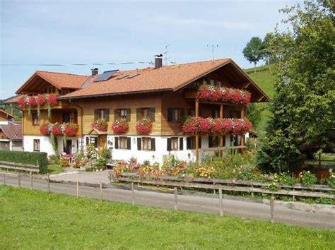 wohnung sonthofen landhaus ritter wohnung h 246 rnerblick 60255