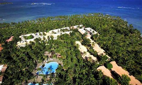 6 all inclusive republic vacation with airfare in playa las galeras groupon