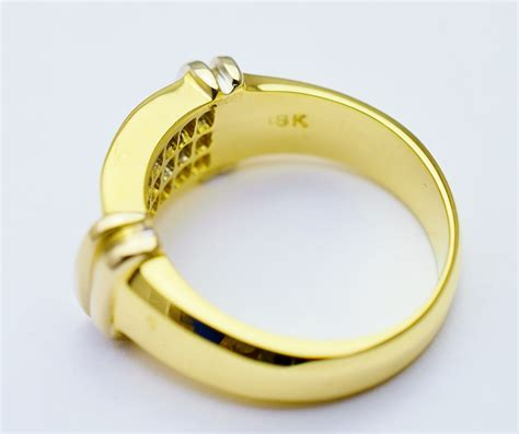 Ring 22 Watt 18k yellow gold 8 22 grams 0 80 carat t w princess cut ring property room