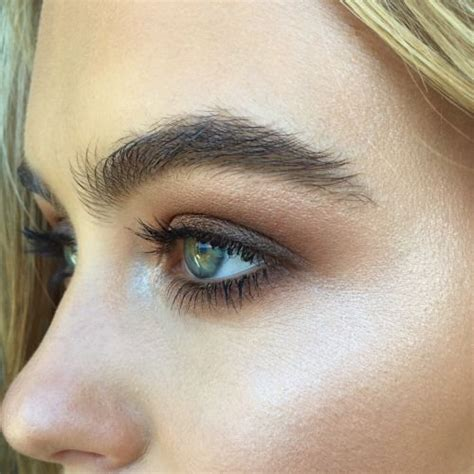 trend darker brows the 2016 eyebrow trend smokey bushy brushed the